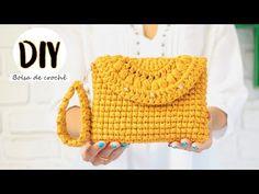 Bolsa de crochê - Como fazer bolsa carteira/ clutch - Crochet bag - YouTube Crochet Clutch Bags, Crochet Handbags, Crochet Purses, Crochet Bags, Crochet Boarders, Knitting Patterns, Crochet Patterns, Crochet Headband Pattern, Crochet Videos