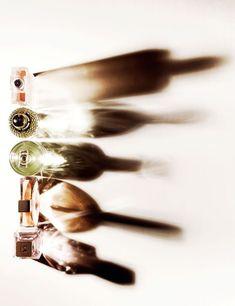 Ito, Junichi: Photography, Still life Glass Photography, Shadow Photography, Abstract Photography, Still Life Photography, Beauty Photography, Creative Photography, Portrait Photography, Composition Photo, Beauty Dish