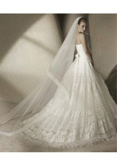 873dd9a325d Tulle Softly Curved Strapless Neckline Lace Bodice with Corset back A-Line  Gown 2012 New Arrival Wedding Dress
