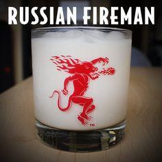 Russian Fireman oz Fireball Whisky 1 oz coffee liqueur 3 oz half & half Combine in a glass over ice, stir and enjoy. Fireball Mixed Drinks, Fireball Whiskey, Tequila Drinks, Liquor Drinks, Whiskey Cocktails, Cocktail Drinks, Alcoholic Drinks, Cocktail Recipes, Cocktail Ideas