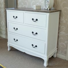 White 4 Drawer Chest of Drawers
