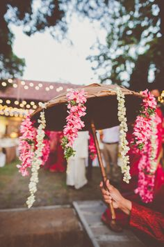 Thats how you decorate parasols!