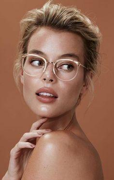 Eyewear Trends For Women 2020 Cheap Eyeglasses, Eyeglasses For Women, Glasses Shop, Eye Glasses, Glasses Case, Glasses Frames, Stylish Sunglasses, Sunglasses Women, Eyewear Trends