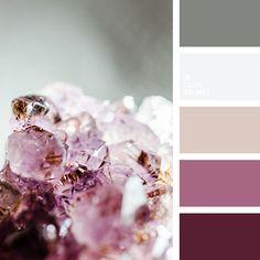 бежевый, весенние цвета, графитовый серый, нежный розовый, оттенки пурпурного, оттенки розового, пепельный розовый, песочный, пурпурный, серый, цвет дымной розы, цвет опала, цветовое сочетание для весны.