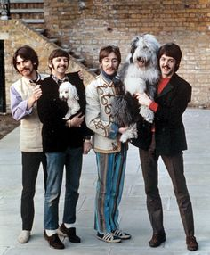 My two favorite things in one photo: Beatles and dogs.