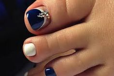 Awesome eye catching nail trends 201837 my kind of pedicure! Pedicure Nail Designs, Toe Nail Designs, Pedicure Nails, Pedicure Ideas, Pedicures, Nails Design, Nail Ideas, Blue Toe Nails, Feet Nails