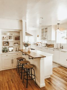 Home, Home Kitchens, Kitchen Remodel, Kitchen Design, Sweet Home, Kitchen Inspirations, Kitchen Design Trends, Cozy House, Home Decor Kitchen