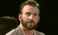 """gorgeousevans: """"literally had to make these, he looks so angelic here. """" Such a beautiful babe😍😍 Chris Evans Beard, Robert Evans, Steve Rogers, Captain My Captain, Christopher Evans, Chris Evans Captain America, Bucky Barnes, Celebs, Celebrities"""