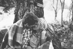 xoxo. Casual kissing couple v