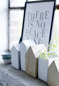 Use up leftover bits and bobs of scrap wood with this easy DIY - scrap wood decor project. Scrap Wood Crafts, Ideias Diy, Blog Deco, Scandinavian Home, Home And Deco, Little Houses, Small Houses, Nice Houses, Home Decor Trends