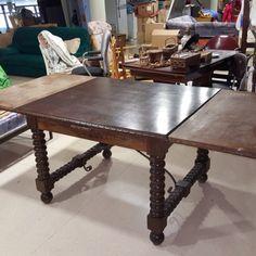 taula-extensible-antigua-225x105x80 200€