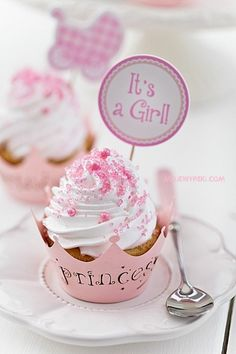Ideas Baby Shower Cake For Girls Cupcakes Pink For 2019 - Pink Birthday Cake Ideen Baby Cakes, Cupcakes Baby Shower Niño, Tortas Baby Shower Niña, Girl Shower Cake, Baby Shower Food For Girl, Baby Shower Princess, Girl Cakes, Food Baby, Baby Princess