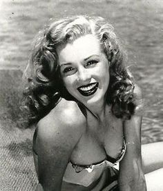 Norma Jeane in 1949