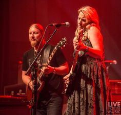 Watch a full video of Tedeschi Trucks Band's set in Los Angeles!
