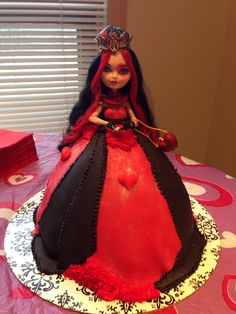 Lizzie Hearts birthday party cake - Ever after high - my sister made for Sophia's 10th Birthday!