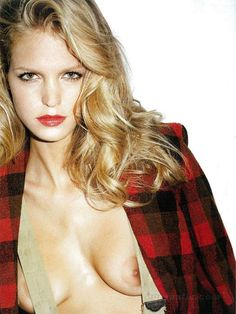 Erin Heatherton Topless Pictures Are Seriously Huge - Egotastic Allstars