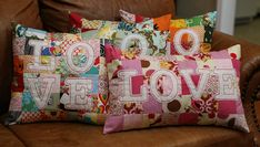 OMG...I love these pillows!
