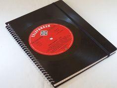 Upcycling, Notizbuch von VinylKunst Aurum - Schallplatten Upcycling der besonderen ART auf DaWanda.com
