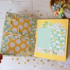 Our goal is to keep old friends, ex-classmates, neighbors and colleagues in touch. Baby Girl Scrapbook, Baby Scrapbook Pages, Diy Crafts For Girls, Diy And Crafts, Paper Crafts, Mini Albums, Baby Record Book, Baby Mini Album, Baby Records