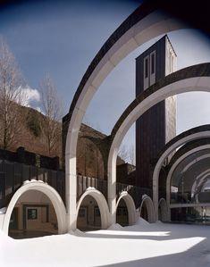 Clássicos da Arquitetura: Santuário Maritxell,Cortesia de Ricardo Bofill