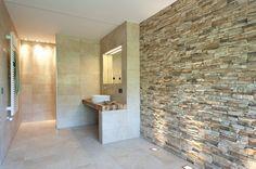 Naturstein macht aus jedem Badezimmer eine wahre Wellnessoase. Wir zeigen euch sechs beeindruckende Gestaltungsideen unserer Experten.