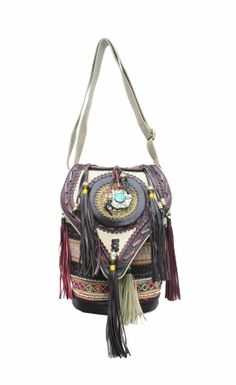 Mr Meow Bucket Bag - Medicine / Tassled Fringe / Navahjo / Bohemian / Mochilla . Tribal Leather Bag