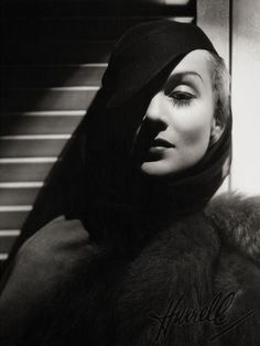 George Hurrell was the king of Hollywood portraiture in the 1930s and 1940s, but before mastering his photographic style, he actually studied painting (similar to Edward Steichen, another notable photographer who pioneered glamour and fashion photography in the 1920s).