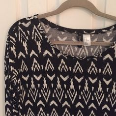 ❄️Final Sale❄️black and cream print top from H&M Black and cream print top from H&M. Size medium. Tags removed, but never worn. It was just a little too big for me. H&M Tops