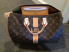 Speedy 35 in Moutarde and Ivorie Yes plz😄 Vuitton Bag, Louis Vuitton Handbags, Louis Vuitton Speedy Bag, Louis Vuitton Monogram, Art Bag, Fashion Handbags, Avon, Nail Whitening, Totes