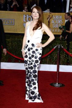Not my favourite Julianne Moore red carpet outfit - 19th Annual Screen Actors Guild Awards