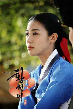 Hwang Jin Yi(奇皇后)ハ・ジウォンさん Drama Korea, Korean Drama, Korean Star, Korean Girl, Han Ji Won, Secret Garden Drama, Kbs Drama, Empress Ki, Korean Hanbok
