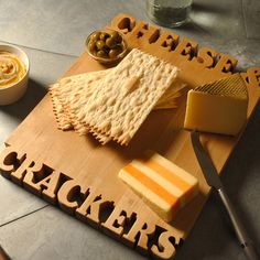 I HAVE TO NEED THIS CUTTING BOARD - CHEESE & CRACKERS $140
