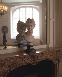 Bust of Marie Adelaide in the antechamber of the Dauphin