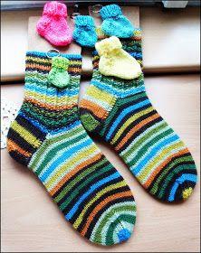 Rippensocken   (gesehen bei R. Stegelitz - wunderschöne Socken)     Nadelspiel: 2,5   Wolle von Buttinette     Muster teilbar durch 6     ...