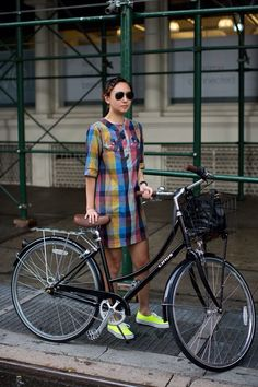 Multi-coloured cycle chic from the Sartorialist The Sartorialist, Cycle Chic, Urban Bike, Bicycle Girl, Bike Style, Lookbook, Plaid Dress, Shirt Dress, Look Fashion