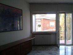 Varese, quadrilocale luminoso, nel verde al 4 e ultimo piano