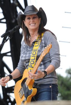 Terri Clark Singer/Songwriter Terri Clark performs at the 17th Annual Country Thunder USA music festival on July 18, 2009 in Twin Lakes, Wisconsin.