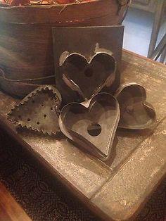 Primitive-Antique-Lot-Of-4-Heart-Cookie-Cutters