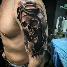 Tattoo by @neonjudas in Berlin, Germany #neonjudas #berlin #germany #skull #theartistformerlyknownaswehrjungfrau #skulltattoo #pilot #aviation #tattoo #tattoos #tattoosnob