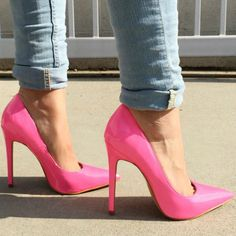 Pointy Toe Classic Pumps