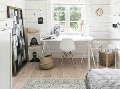 Une orangerie dans le jardin - PLANETE DECO a homes world Office Desk, Home Office, Charming House, Inspiration Boards, House 2, Countryside, Sweet Home, Bedroom, House Styles