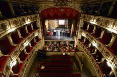 Teatro Verdi Busseto, Falstaff del Festival Verdi 2013, in prova ph Roberto Ricci