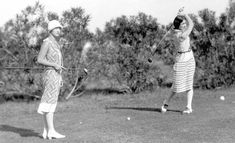 """These old school golf outfits are fantastic! Though they look a bit more like """"ladies who lunch"""" than """"talented athlete"""" CC ID Breastfeeding Support Group, Coral Gables Country Club, Ladies Who Lunch, Vintage Country, Vintage Black, Article Writing, Golf Fashion, Golf Outfit, Health Education"""