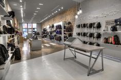 Timbuk2 Store by Gensler, Chicago – Illinois » Retail Design. Visit City Lighting Products! https://www.linkedin.com/company/city-lighting-products