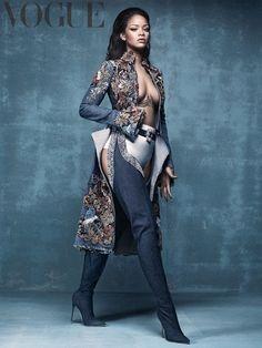 nice Rihanna models her new collection collaboration with Manolo Blahnik for Vogue UK April 2016 [fashion] Rihanna Mode, Moda Rihanna, Rihanna Style, Rihanna Fenty, Rihanna Fashion, Rihanna Boots, Rihanna Concert, Vogue Uk, Vogue 2016