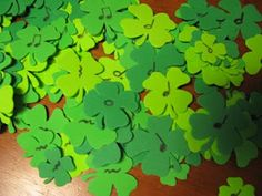 Shamrock Measures -- great directions for this build-a-measure game
