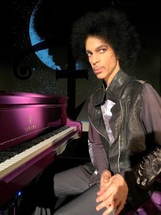 One of the last pictures taken of Prince. He was the ultimate musician and this is why he is a genius, this world was made better, because he was in it. R.I.P. Prince Rogers Nelson
