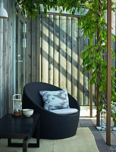 Coco Lounge Chair is designed by Hans Thyge & Co.for Skagerak CHAIR Outdoor Furniture Sets, Outdoor Bar, Home And Garden, Outdoor Decor, Outdoor Bed, Outdoor Living, Modern Outdoor, Outdoor Garden Furniture, Outdoor Sofa