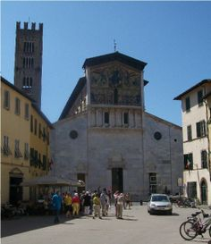 Piazza San Frediano, Lucca