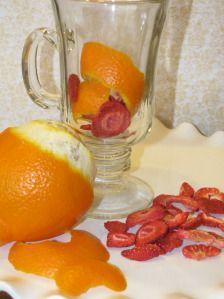 Fat-Burning + Metabolism Boosting + Detoxifying= Strawberry Tangerine  Tea